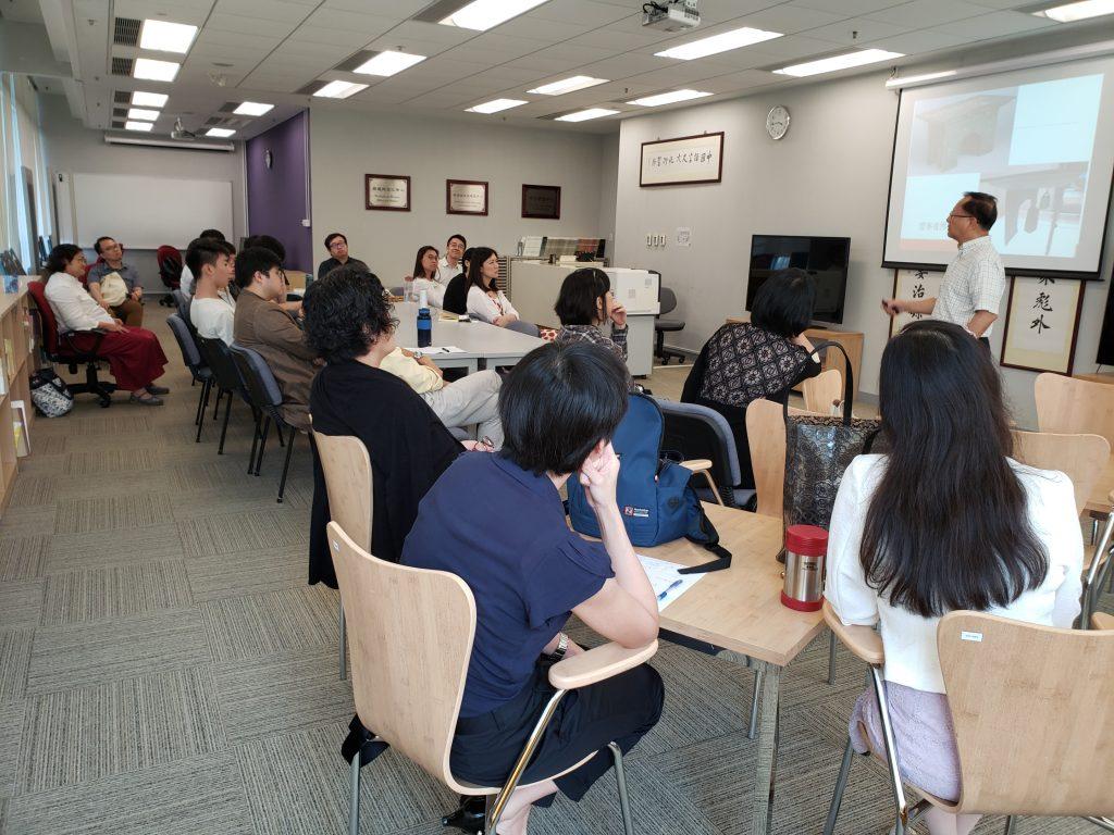 中文系同儕及學生積極參與討論