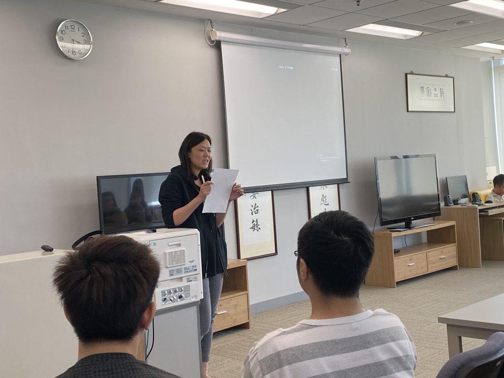 郭詩詠博士向同學分享本系應屆畢業生求職心得及就業實況